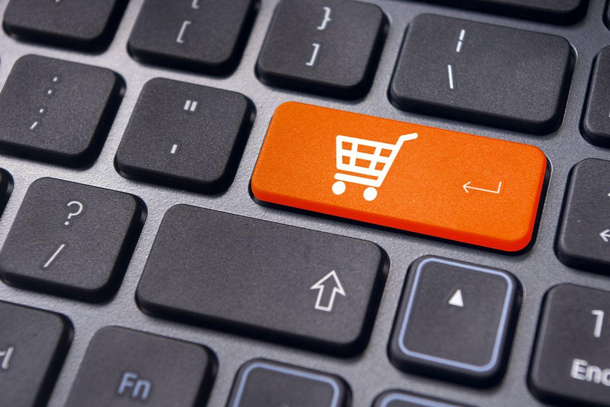 Por que está todo mundo comprando tudo pela internet?